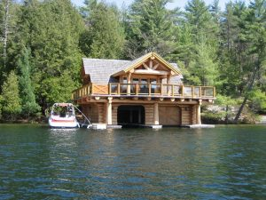 waterfront-log-home
